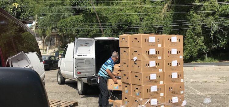 Fundación HOPE estuvo en Utuado repartiendo alimentos en diferentes comunidades