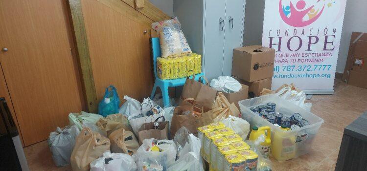 Recogido alimentos para familias de Camuy PR