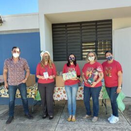 Entrega de regalos (Navidad) – Residencial Villas de Hatillo